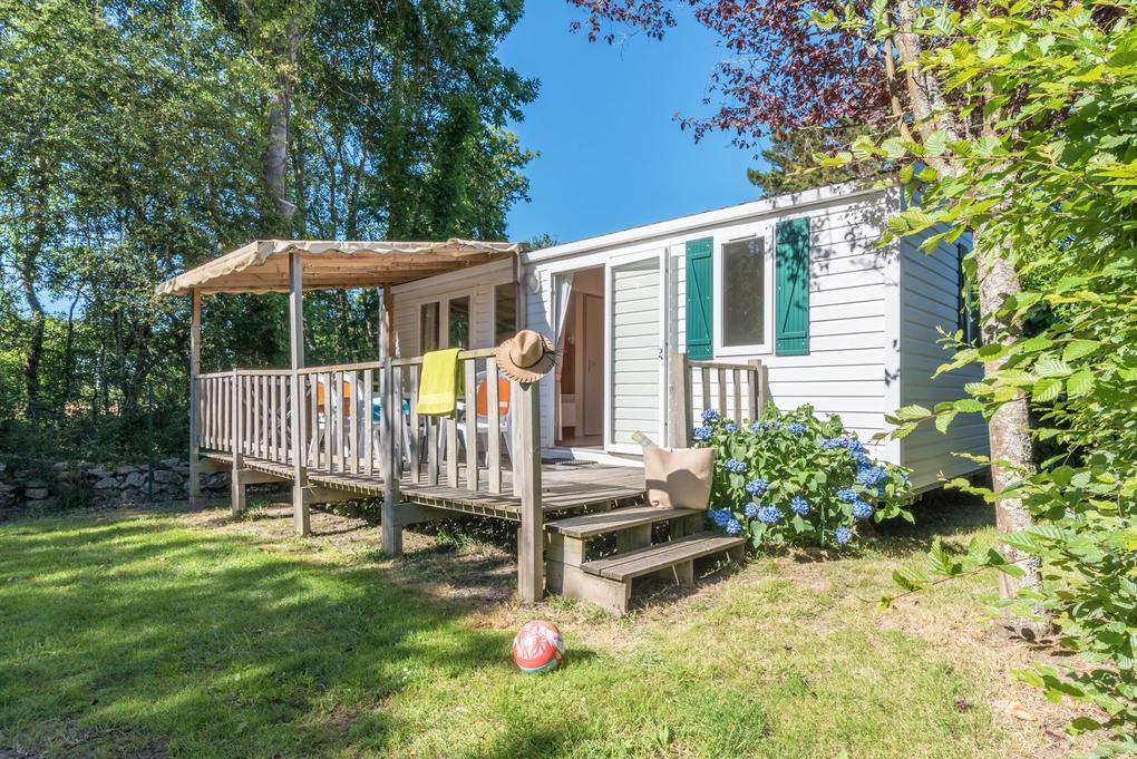 exterieur_mobil-home-riviera_camping-les-bruyeres_carnac