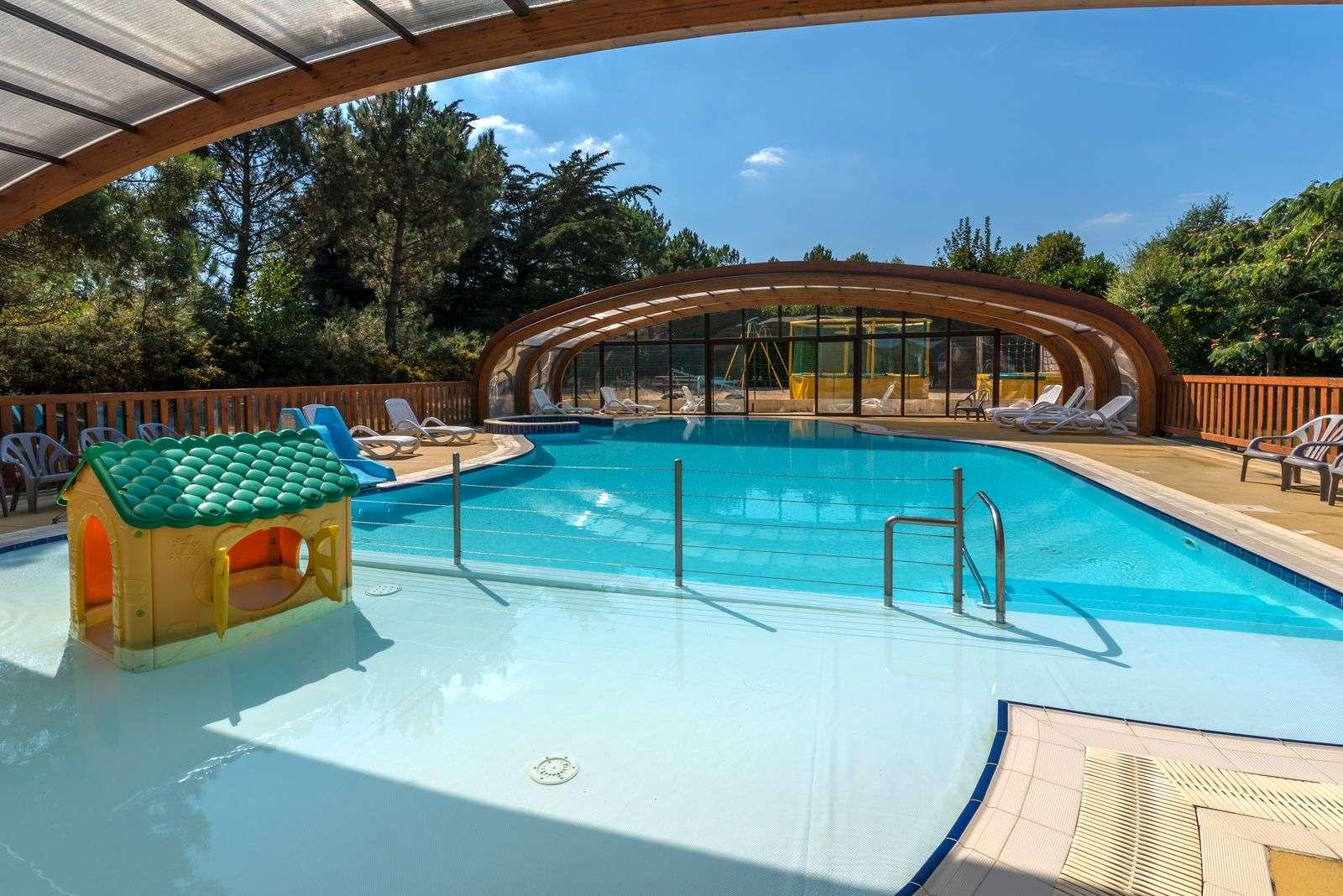 piscine_camping--les-bruyeres_carnac