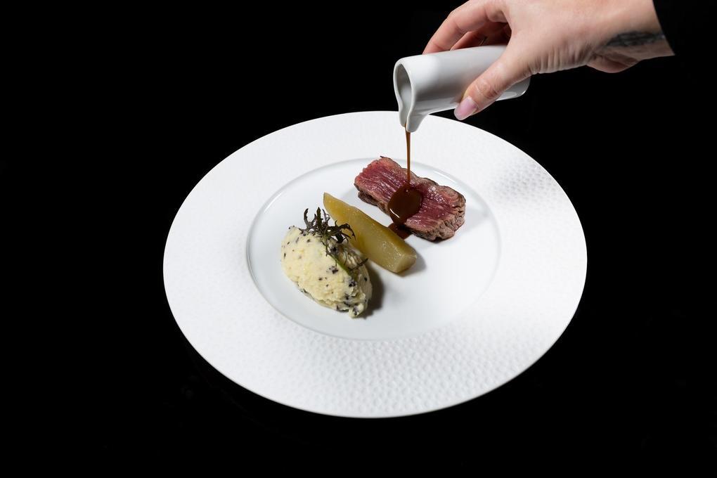 Filet de boeuf - poire mousseline - truffe_restaurant l'Eskell - Diana hôtel et SPA Nuxe - Carnac - Morbihan Bretagne Sud