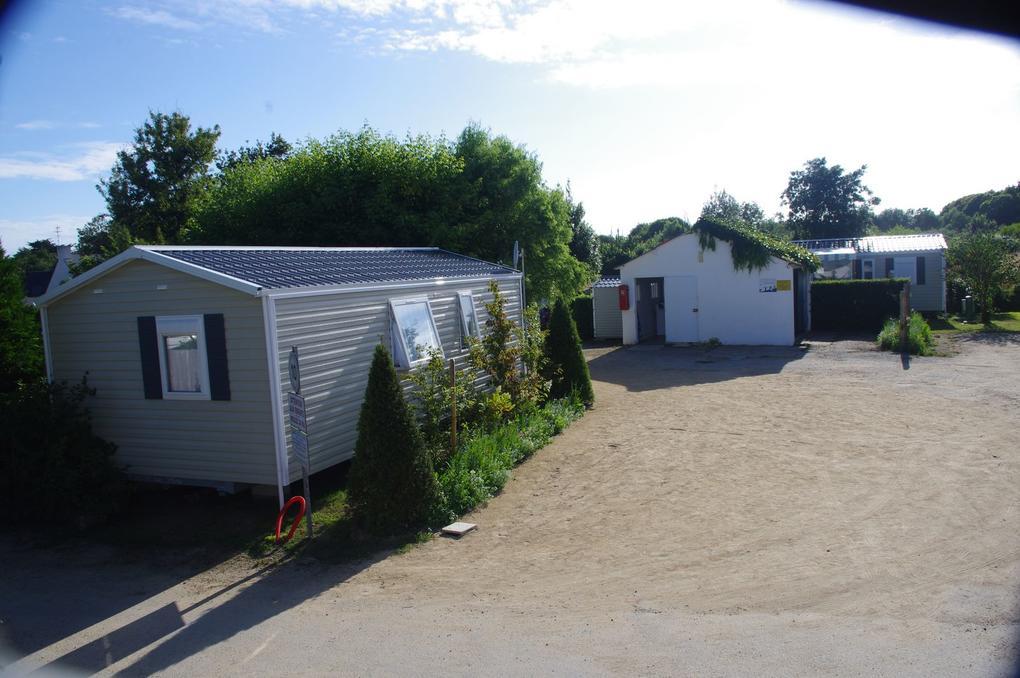 mobil-home-exterieur_camping-les-salines_carnac