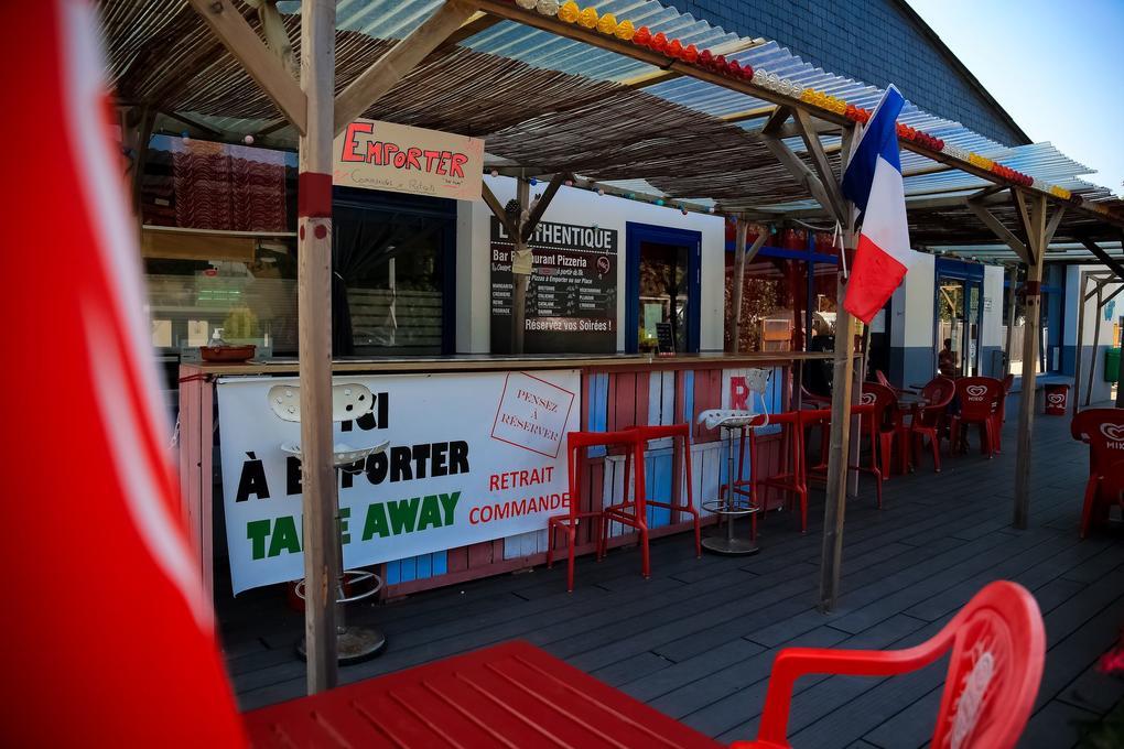 bar-d-ete_camping-plijadur_la-trinite-sur-mer