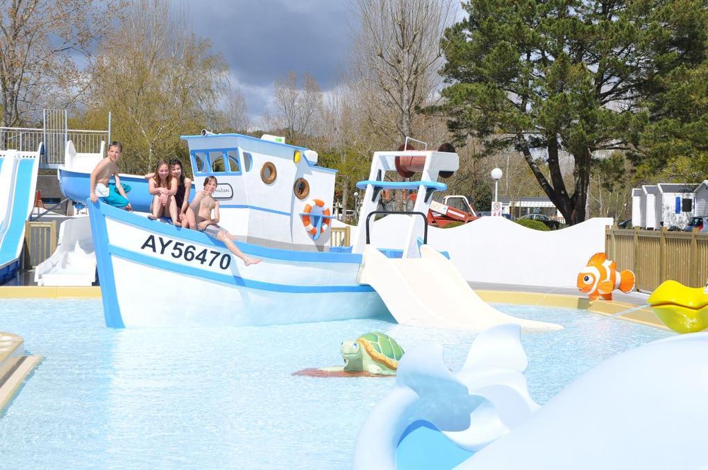 piscine_camping-plijadur_la-trinite-sur-mer