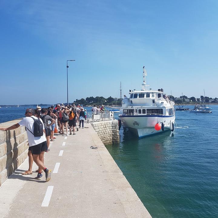 embarquement-bateau_compagnie-maritime_navix