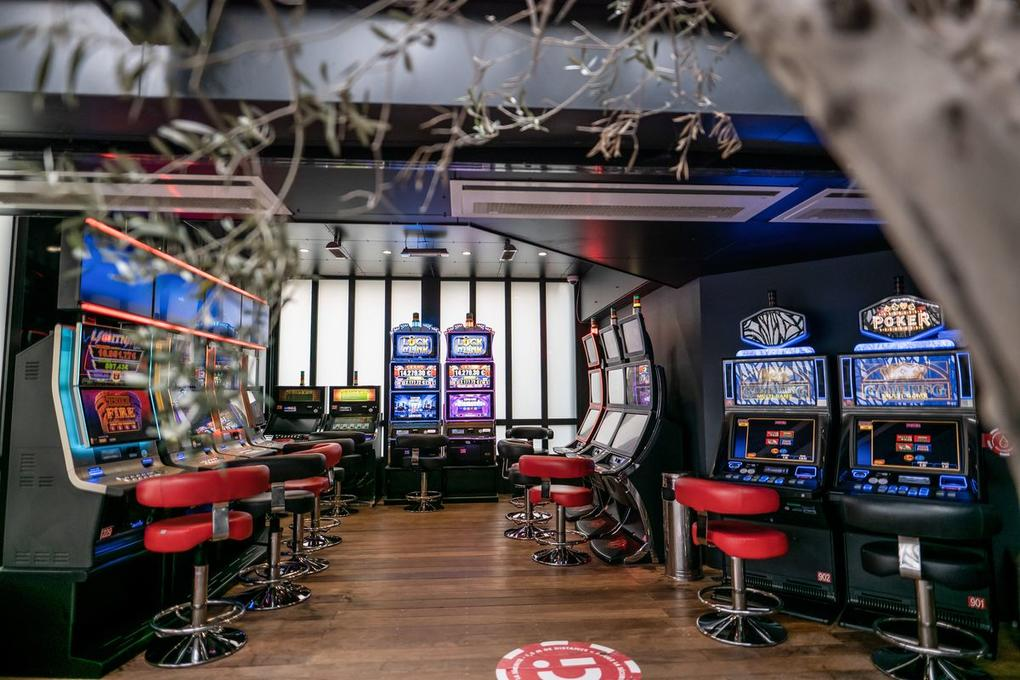 casino circus carnac_ jeux_machines à sous