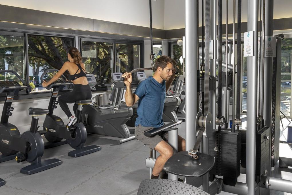 hotel-thalazur-Carnac-fitness_couple