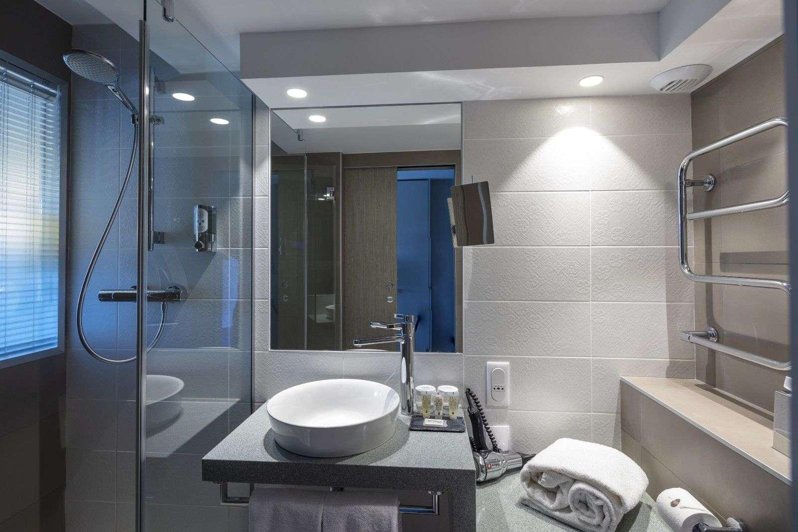 hotel-thalazur-Carnac-douche3