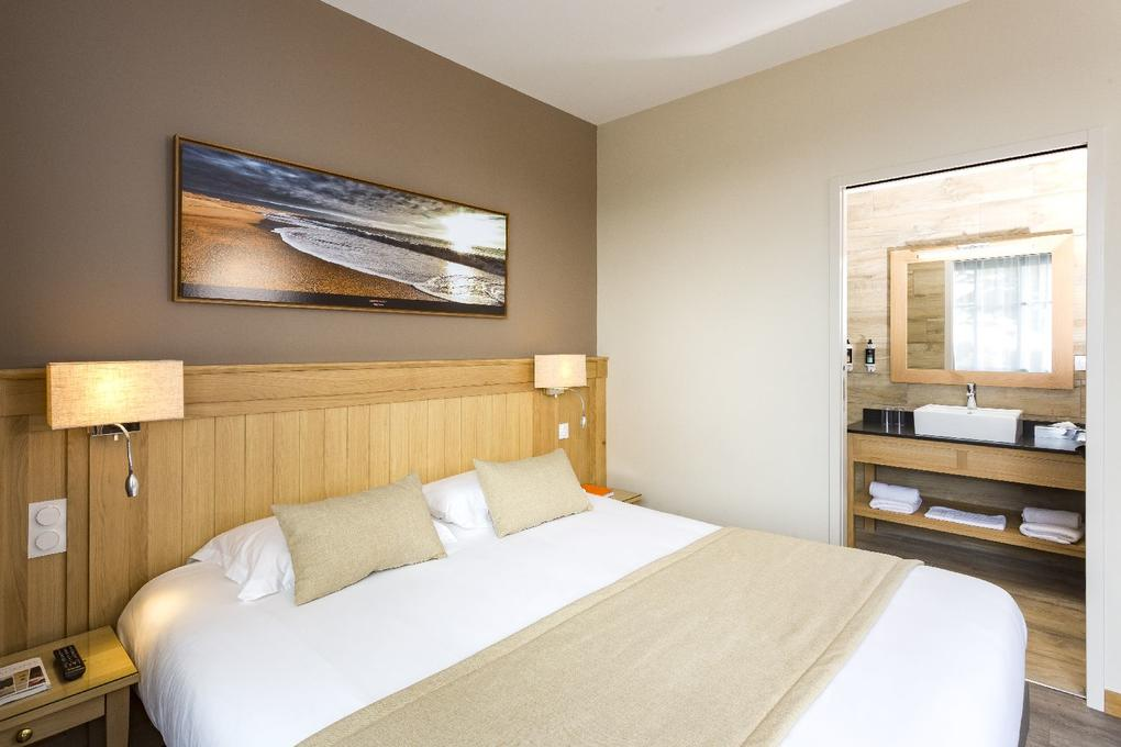 chambre-double_hebergement_hotel-le-tumulus_carnac1