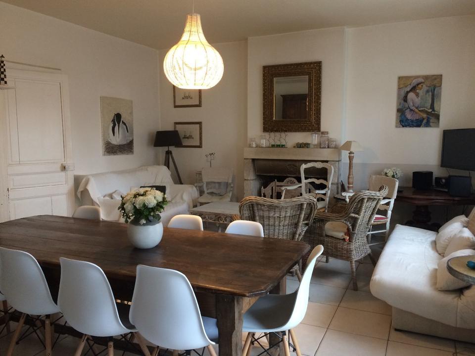 salle_hébergement_location_meublé_villa_béarn_Carnac
