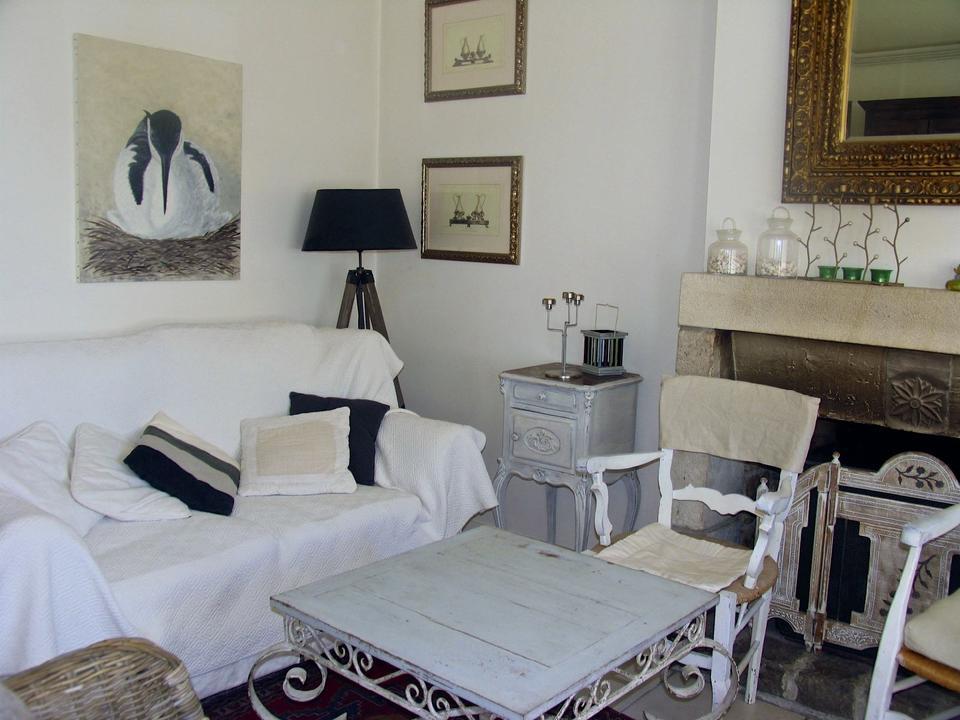 salon_hebergement-meuble-villa-bearn_carnac