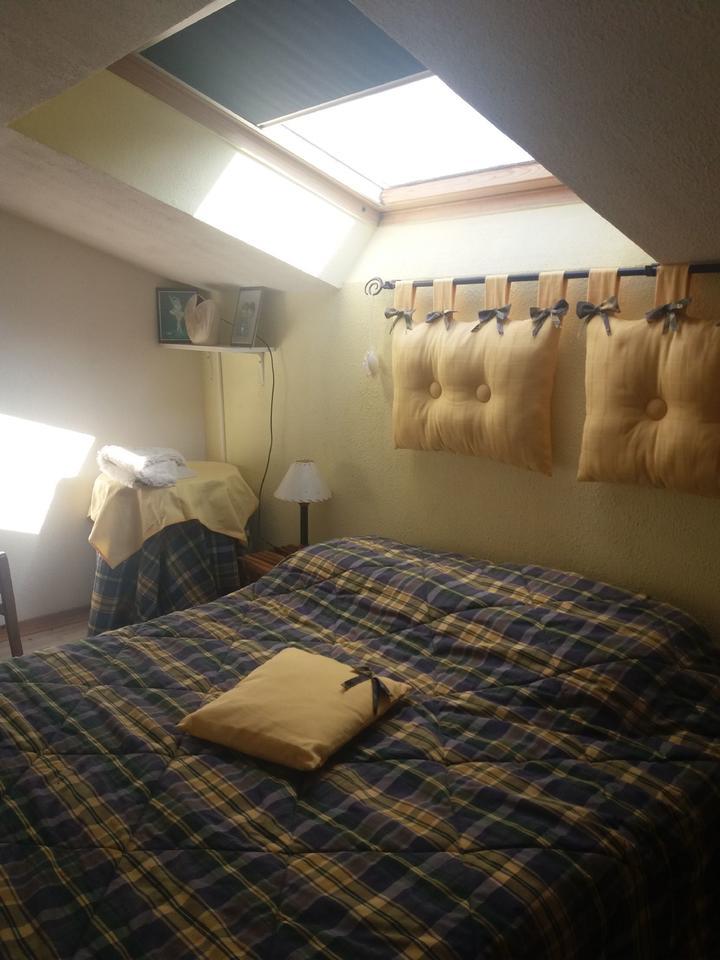 chambre-double_hebergement-meuble_hebergement-les-cigales_carnac