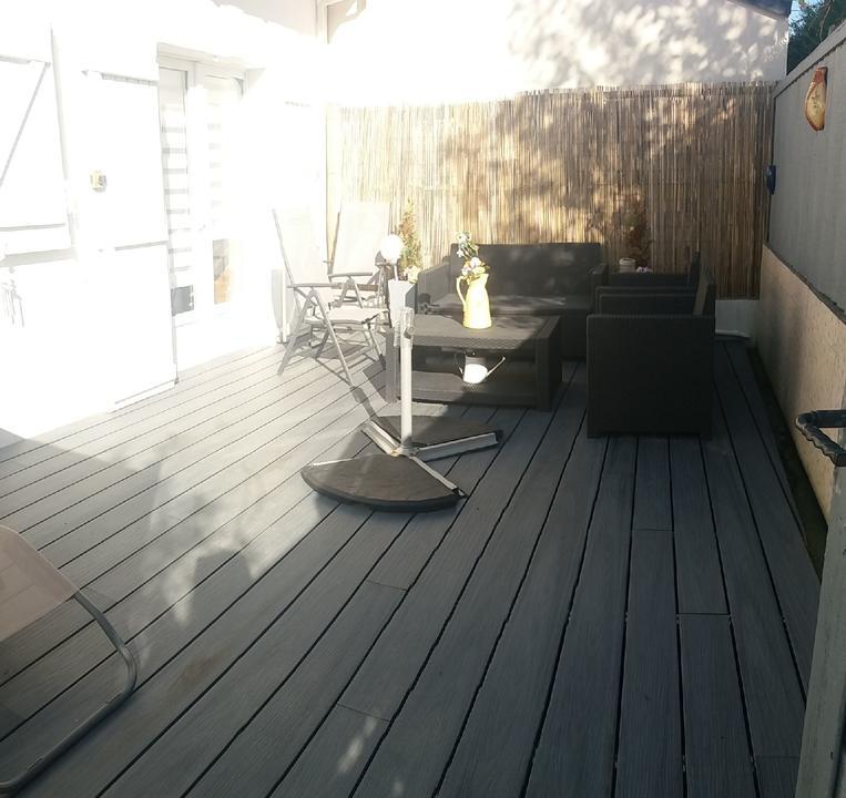 exterieur_terrasse_salon-de-jardin_hebergement-meuble_hebergement-les-cigales_carnac (2)