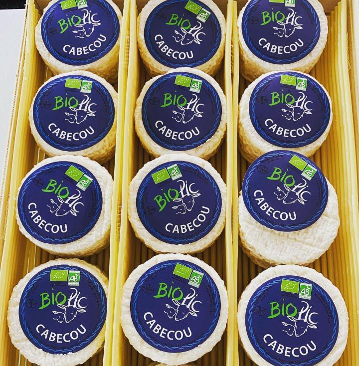 fromage bio pic cabecou_sur la paille_Carnac