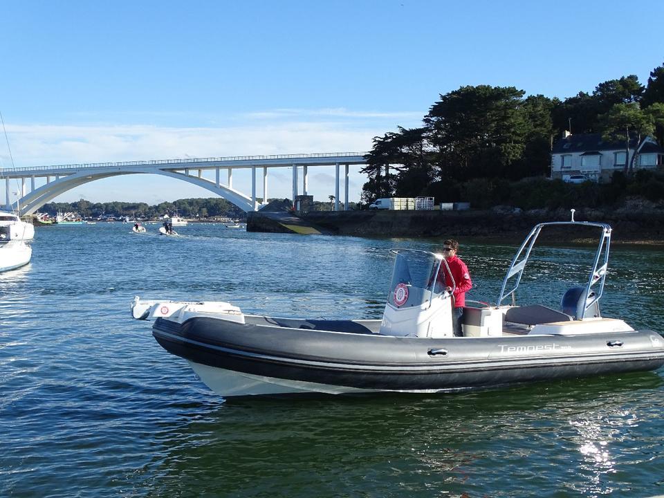 bateau_loisirs_nautiques_Nautic_sport_carnac_morbihan_bretagne_sud