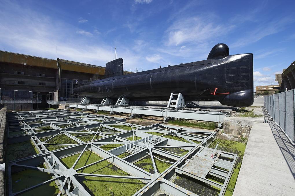 exterieur-sous-marin_sous-marin_site-a-visiter_sous-marin-flore_lorient