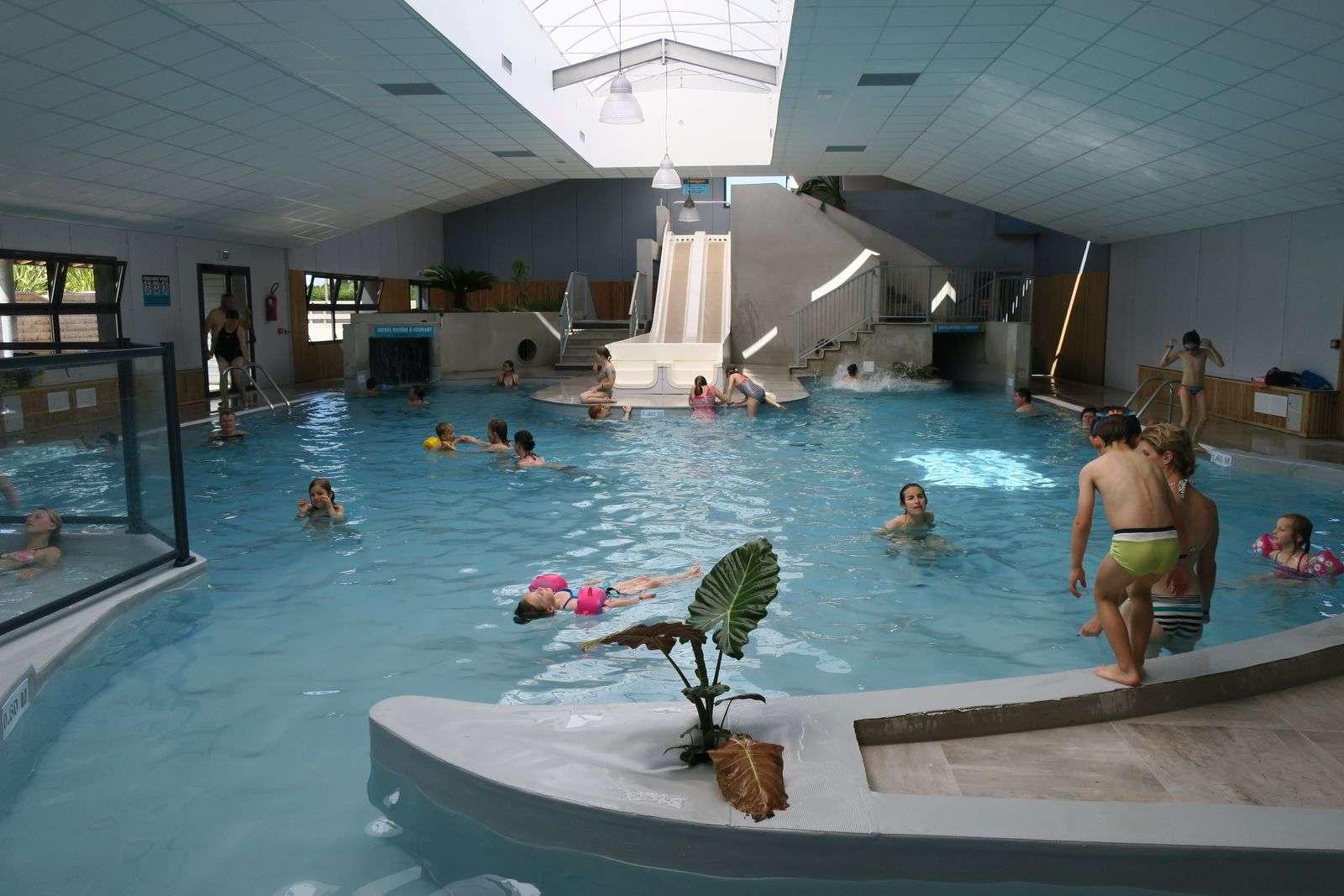 Piscine intérieur - Camping de Kersily - Plouharnel - Morbihan Bretagne Sud