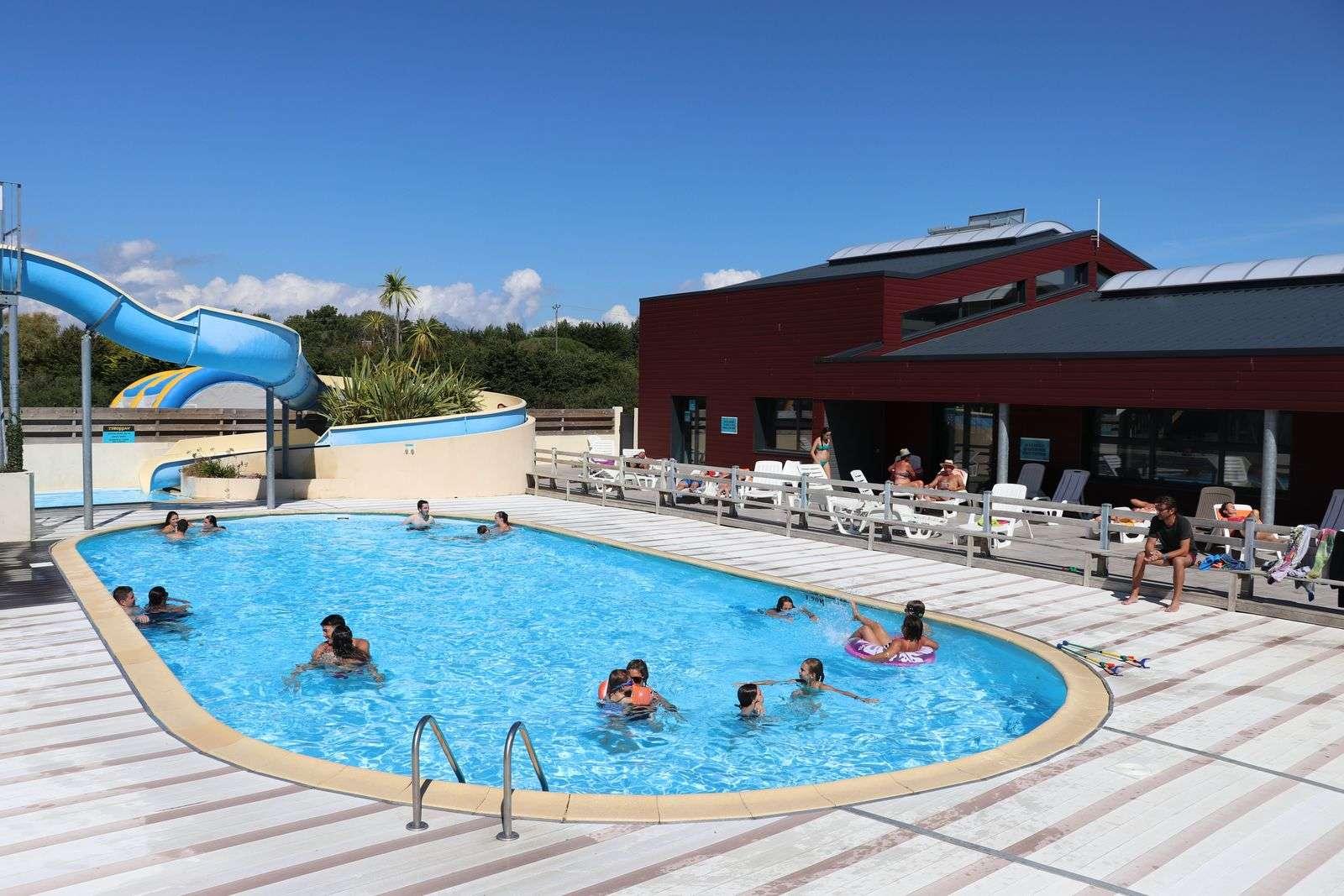 Piscine - Toboggan - extérieur - Camping de Kersily - Plouharnel - Morbihan Bretagne Sud