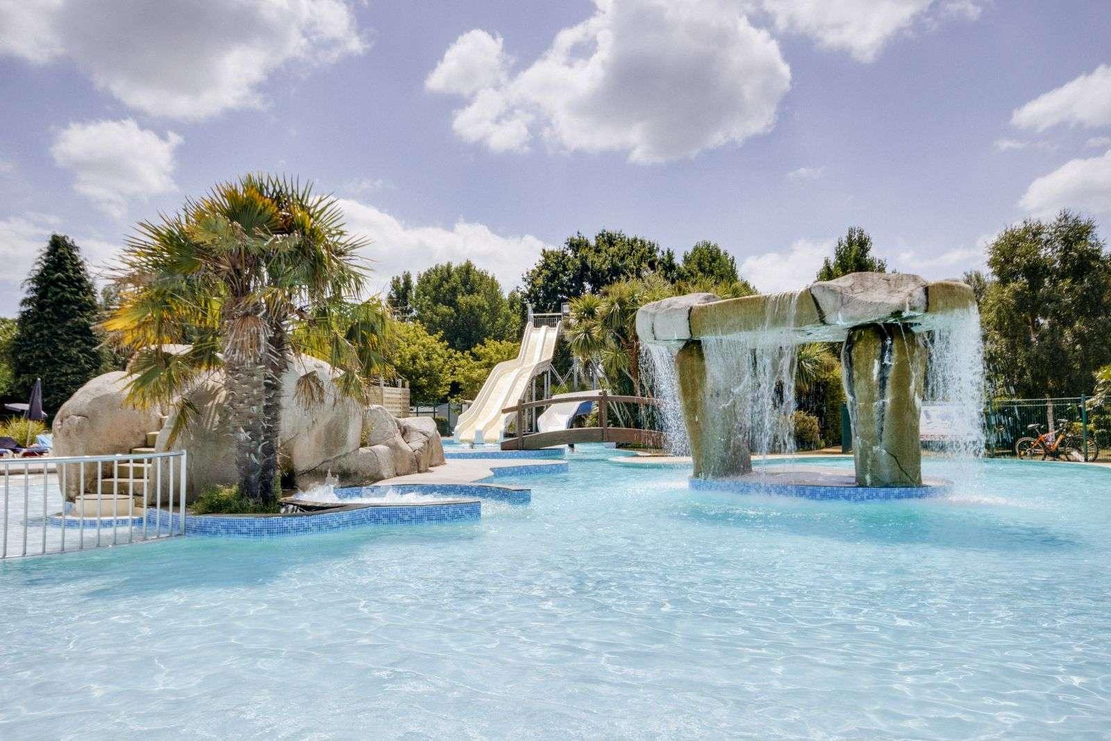 piscine_cascades_camping-coteo-carnac-rosnual_carnac