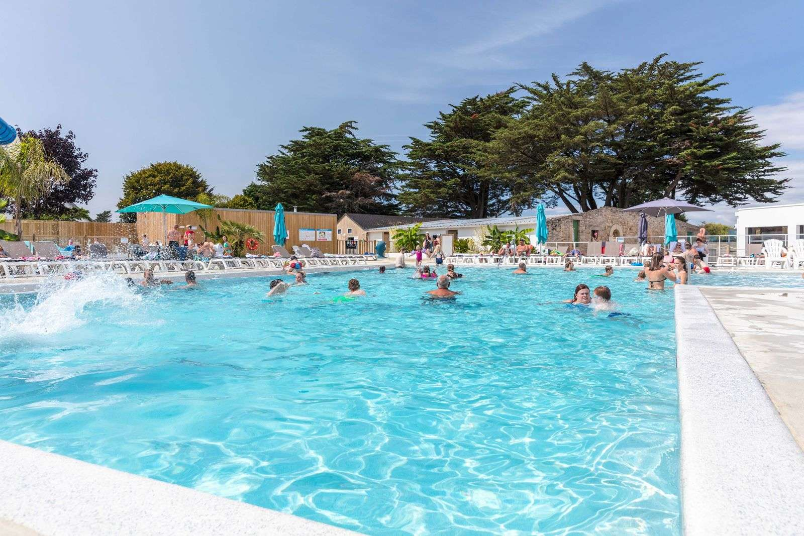 piscine_camping-des-menhirs_carnac