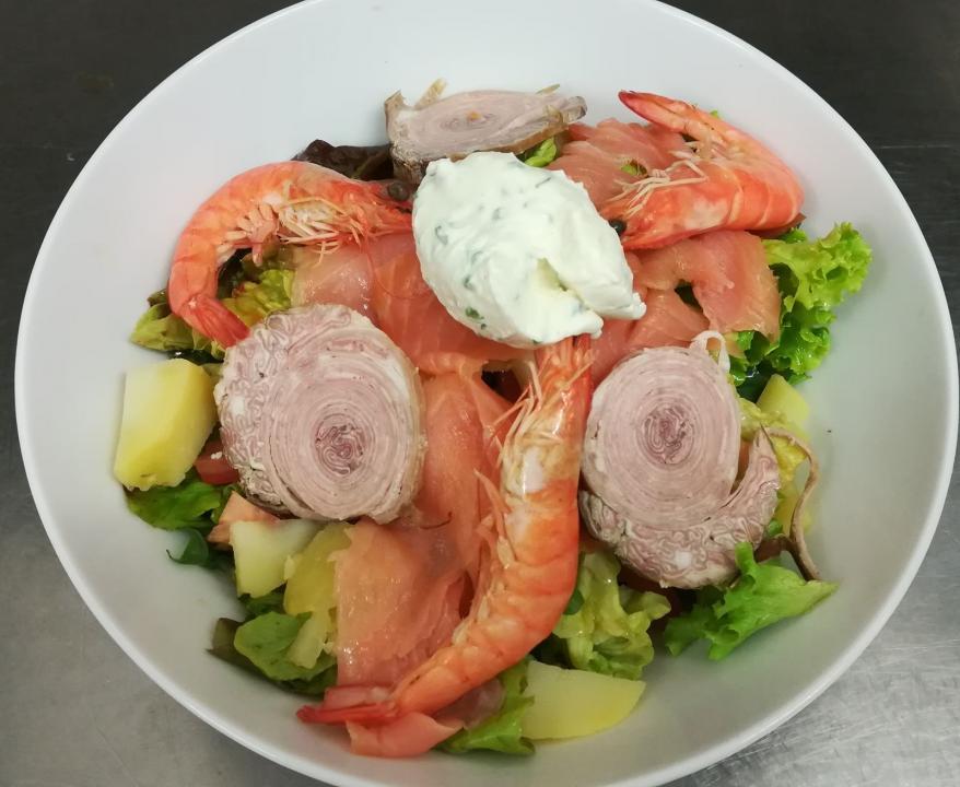 salade de crevettes et andouille_Carnac_Restaurant le kreiz