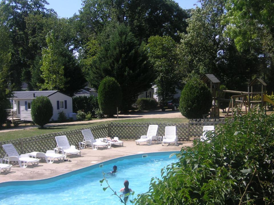 piscine_camping-le-domaine-de-kermario_carnac